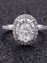 3ct Oval Moissanite Halo with Side Accents Engagement Ring (10)