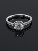 4 claw round shaped moissanite solitaire ring (5)