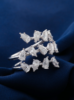 4.5ct Lovely leaves with moissanite twist ring (6)