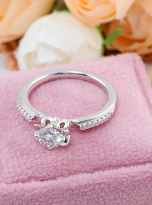 Classic 4 claw moissanite solitaire ring (9)