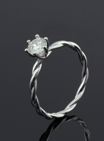 Classic twist solitaire engagement ring (5)