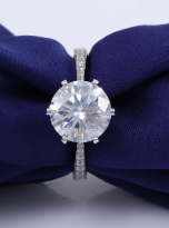 Elegant 6 claw round shaped moissanite solitaire ring (10)