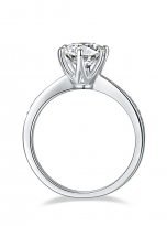 Elegant 6 claw round shaped moissanite solitaire ring (4)
