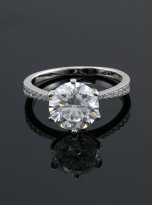 Elegant 6 claw round shaped moissanite solitaire ring (5)