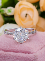 Elegant 6 claw round shaped moissanite solitaire ring (7)
