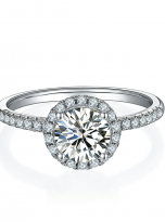 Elegant engagement ring featuring a tight halo (1)