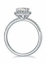 Elegant engagement ring featuring a tight halo (4)