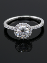 Elegant engagement ring featuring a tight halo (7)