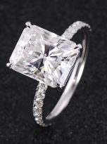 Emerald Moissanite engagement Ring with 5ct (7)