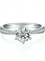 Simple 6 claw round shaped solitaire moissanite ring (1)