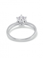 Simple 6 claw round shaped solitaire moissanite ring (3)
