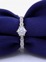 morden special six prong solitaire engagement ring (8)