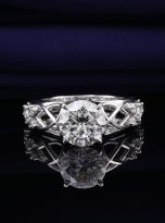 Vintage Moissanite Engagement Ring with 2ct (4)