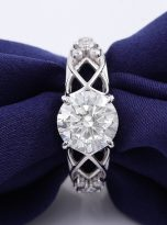 Vintage Moissanite Engagement Ring with 2ct (5)