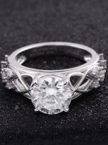 Vintage Moissanite Engagement Ring with 2ct (6)