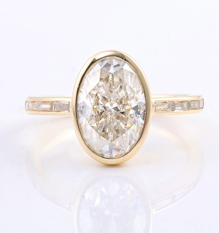 4.5ct Oval Bezel Setting with Side Stones Moissanite Engagement Ring